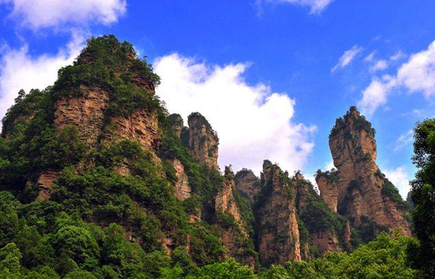 森林公园+天门山+大峡谷+猛洞河+凤凰6天5晚